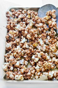 Vegan Candy Bar Caramel Popcorn