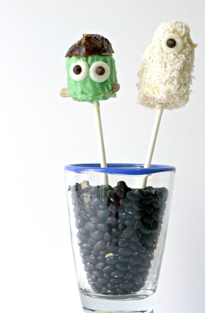 Monster Banana Pops are the new Halloween treat.